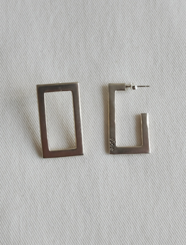 Unbalance Rectangle Earring