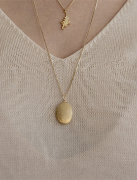 Rocket Oval Initial Rong Necklace
