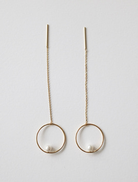 14k gold Long Circle Point Earring