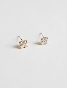14k Gold Bezel Square Earring