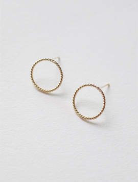 14k Gold Twist Simple Circle Earring