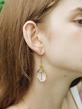 Green Point Crystal Earring