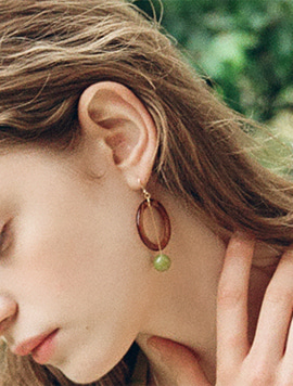 Grape Seed Ring Earring