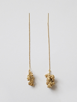 Dry Berry Chain Earring